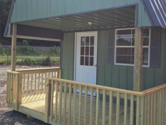 cabin_0012_metal high dutch cabin closeup